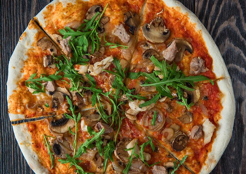 NORD NEWS • (Fødselsdagstilbud) Si' tillykke og få rabat på pizza i hele februar