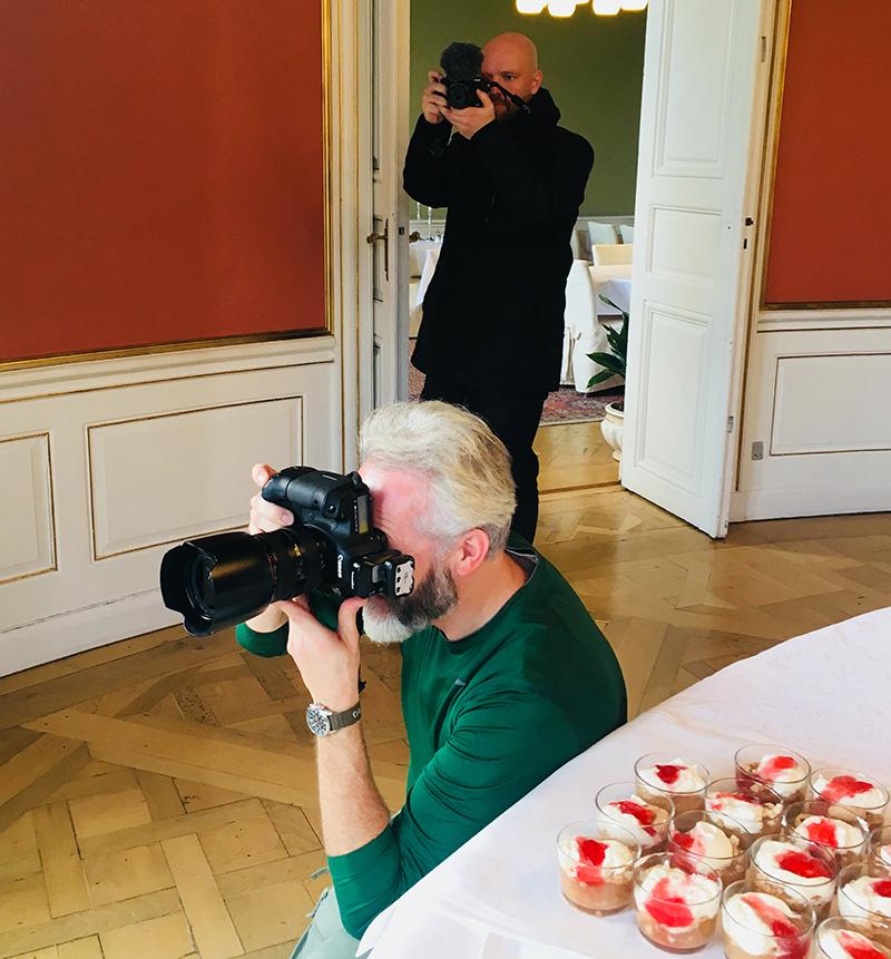 NORD Magasinets fotograf tager billeder
