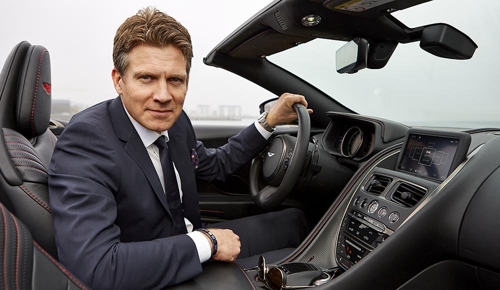Mogens Lindahl-Jessen – Krævende direktør med holdånd og ja-hat