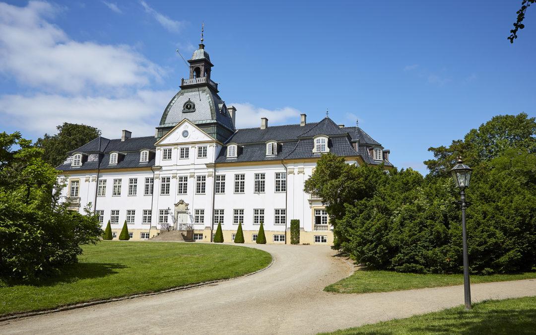 Charlottenlund Slot slår dørene op