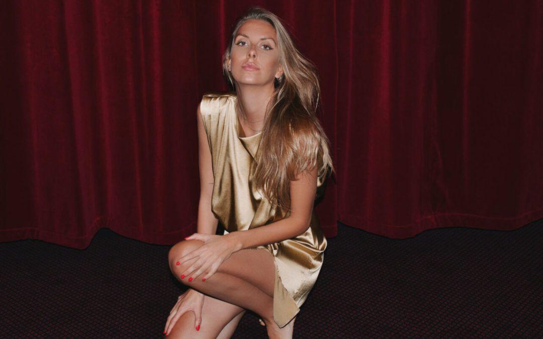 Michaela Theibel: Modellen & bloggeren viser tidens trends