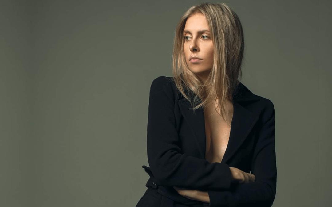 Michaela Theibel – Modellen & bloggeren viser tidens forårstrends